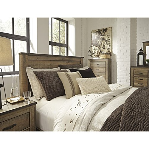 Ashley Trinell Queen Panel Bed in Brown