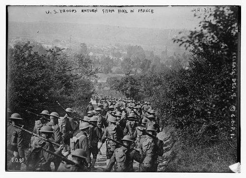 HistoricalFindings Photo: U.S. troops return from hike in France,Military,men marching,guns,Bain