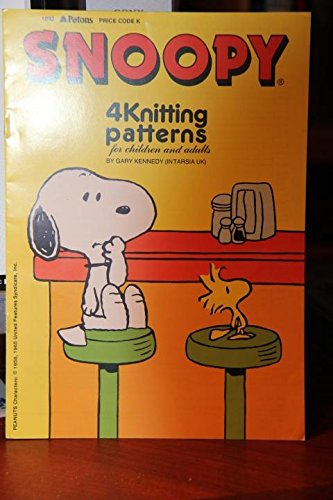 (Patons - Snoopy - 4 Knitting Patterns For Children And Adults - Gary Kennedy)