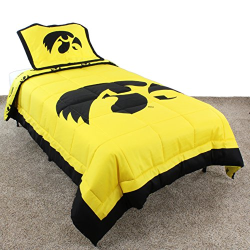 College Covers Iowa Hawkeyes Reversible Comforter Set, Twin