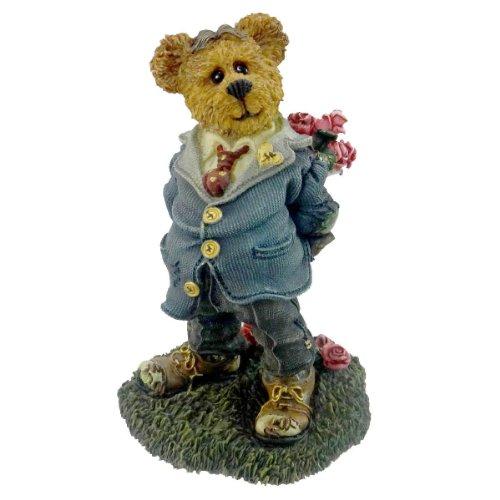 (Boyds Bears Resin FRANKLIN T ROSENBEARG 227735GCC RFB Love Bearstone Rose)