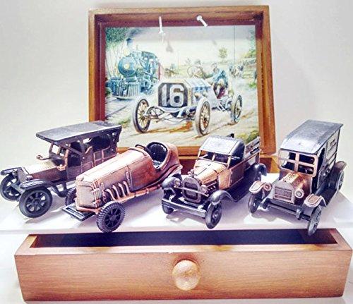 Conjunto de 4 Miniaturas de veículos de época em metal