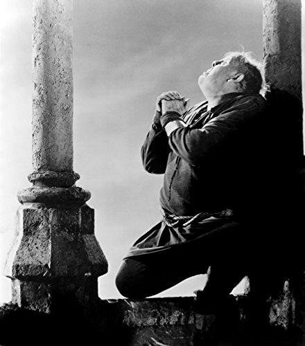 The Hunchback Of Notre Dame Charles Laughton 1939 Photo Print (16 x 20) (The Hunchback Of Notre Dame Charles Laughton 1939)