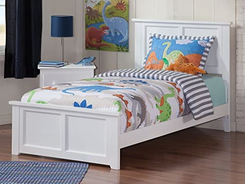 Best modern bed: Atlantic Furniture Madison Traditional Bed