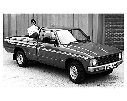 1981-toyota-4-x-2-hi-lux-pickup-photo-poster