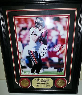 Gold Coin Plaque (Chris Simms Highland Mint Auto 8x10 Photo Plaque Gold Coin Tampa Bay Bucs #01/99)