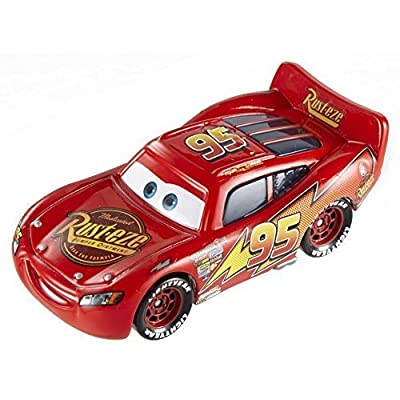 Disney/Pixar Cars Lightning McQueen Vehicle: Toys & Games
