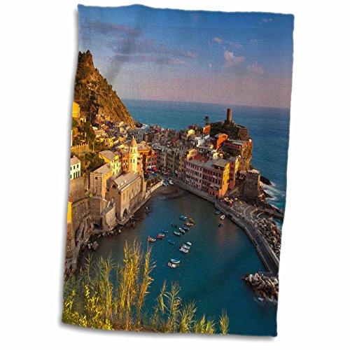 3dRose-Danita-Delimont-Cinque-Terre-Vernazza-Cinque-Terre-Italy-EU16-BJN0240-Brian-Jannsen-Towel