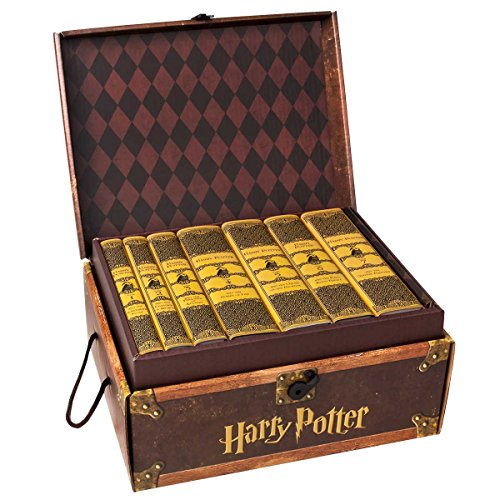 Juniper Books Harry Potter House Trunk Sets (Hufflepuff Set)