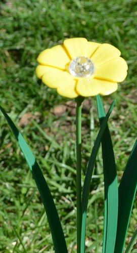 Cheap Yellow Trumpet Flower Solar Light