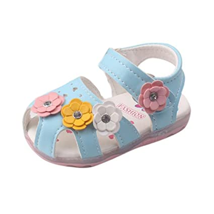 72be01b6f44ec Amazon.com : Cloudro Baby Girl Light up Shoes Soft Sole Flowers ...