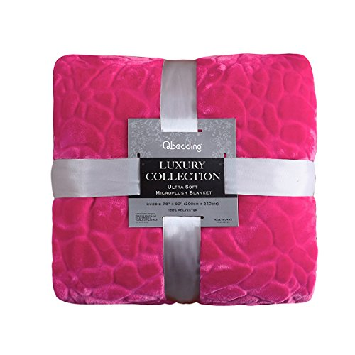 Qbedding Microplush Blanket Cobbled Classic Red product image