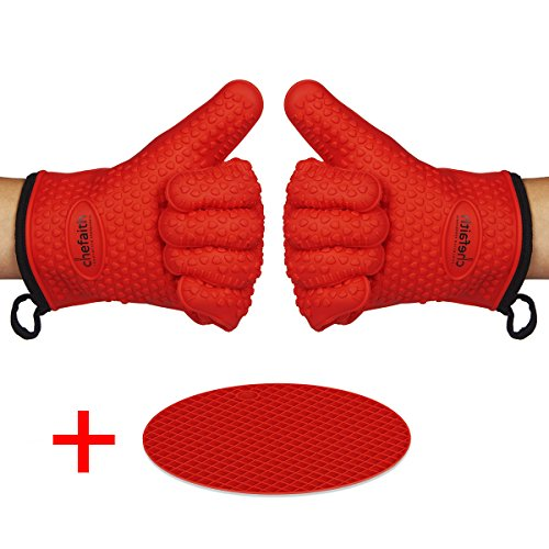 Chefaith Silicone Kitchen Gloves [Fabric Lining / Inner Cotton Layer] for Cooking, Baking, Barbeque, Grilling [Free Pot Holder as Bonus]- Heat Resistant (Up to 480°F) Oven Mitts, Best Protection Ever (Oven Mitts For Small Hands compare prices)