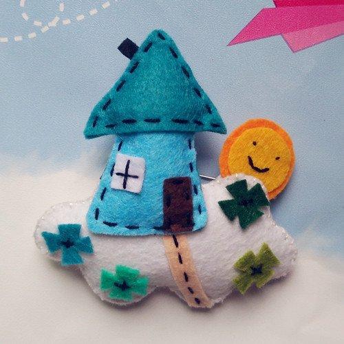 Custom handmade non-woven fabric forest Windy City sky fresh sweet brooch pin brooch Fan -