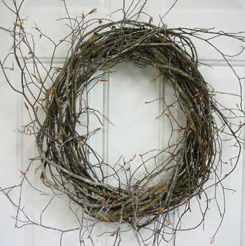 9ee94e86 Wild Birch Wreath Bases, Wild & Woodsy, Natural & Hand Tied With No Wire,  14 Inch, Exclusive Wreaths by Ladybug Certified Only.: Amazon.co.uk:  Kitchen & ...