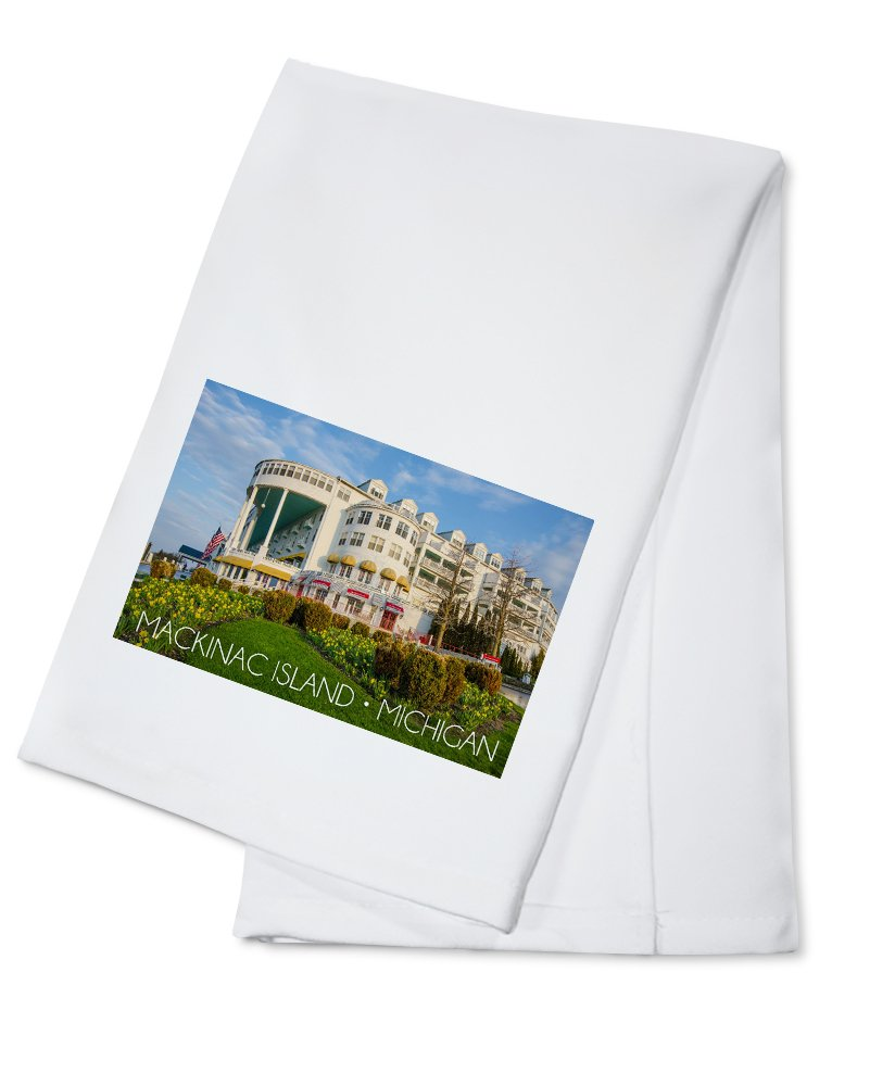 Mackinac Island, Michigan - Grand Hotel (100% Cotton Kitchen Towel)
