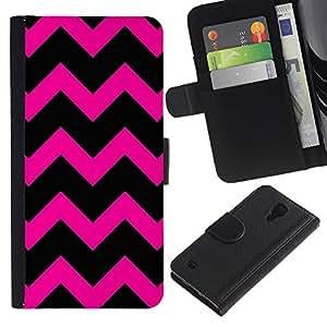 UberTech / Samsung Galaxy S4 IV I9500 / Chevron Hipster Purple Black Pattern / Cuero PU Delgado caso Billetera cubierta Shell Armor Funda Case Cover Wallet Credit Card