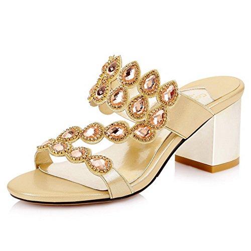 AllhqFashion Women's Solid Patent Leather Kitten-Heels Pull-on Open Toe Sandals Gold ckkXr