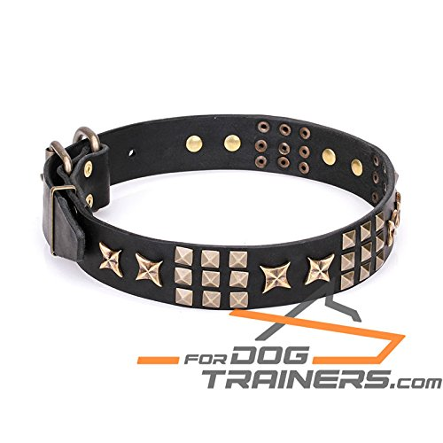 Black fits for 18 inch dog's neck size Black fits for 18 inch dog's neck size 18 inch Black Leather Dog Collar with Old Bronze-Plated Hardware 'Pharaoh's Necklace' 1 1 2 inch (40 mm) Wide