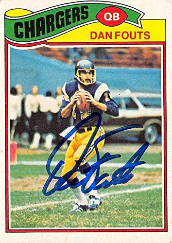 Dan Fouts autographed football card (San Diego Chargers) 1977 Topps #274 - NFL Autographed Football Cards ()