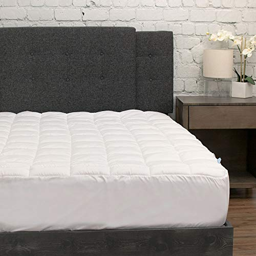 eLuxurySupply Pillowtop Mattress Pad w/Deep Pocket Fitted Skirt - Premium Microfiber Mattress Cover - Down Alternative Topper with Anti Allergen Bed Protection (Full)