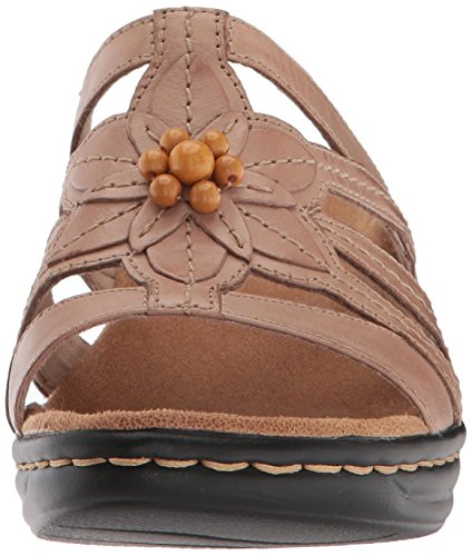 CLARKS Womens Lexi Myrtle Platform, Sand Leather, 5 Medium US