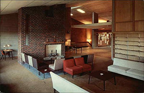 Main Lounge and Lobby, The Memorial Union Durham, New Hampshire Original Vintage Postcard