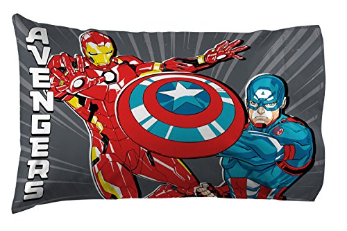 Jay Franco Marvel Avengers Mightiest Heroes 1 Pack Pillowcase - Double-Sided Kids Super Soft Bedding - Features Iron Man, Captain America, Thor & Hulk (Official Marvel Product) ()