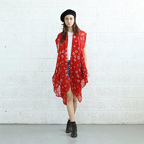 Daisy Print Red , Red Kimono. by Naftul