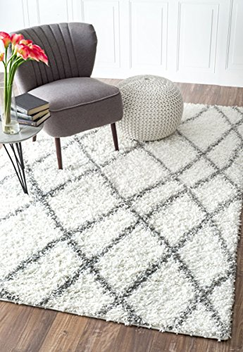 Cozy Soft and Plush Moroccan Trellis White/Grey Easy Shag Area Rugs, 5 Feet 3 Inches by 7 Feet 6 Inches (5' 3