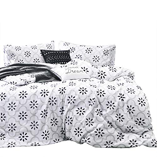 Wake In Cloud - Moroccan Comforter Set, 100% Cotton Fabric with Soft Microfiber Fill Bedding, Black Gray Grey Bohemian Boho Pattern Printed on White (3pcs, Queen Size) (White Bedding & Black Damask)