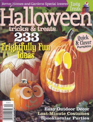 Halloween Tricks & Treats (Better Homes & Gardens Special Interest Publications)]()
