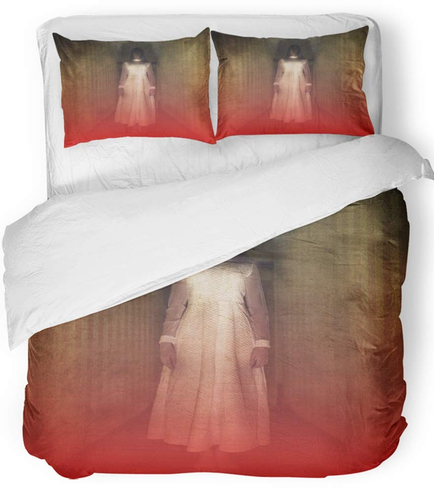 Emvency 3 Piece Duvet Cover Set Breathable Brushed Microfiber Fabric Creepy Horror Movie Scene with Girl Ghost in White Dress Hair Hand Dark Dead Bedding Set with 2 Pillow Covers Full/Queen Size