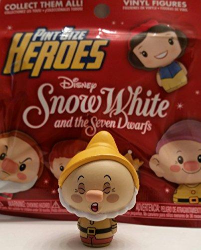 Funko Pint Size Heroes - Snow White & The Seven Dwarfs - Sneezy ()