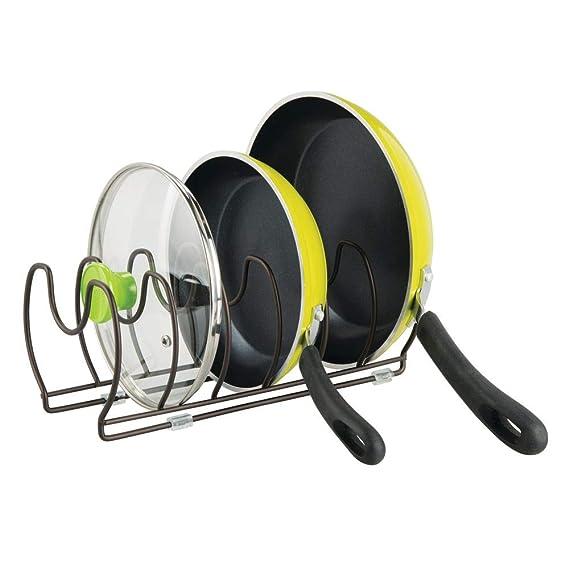 mDesign Soporte para sartenes, ollas y tapas – Organizador de tapas de ollas compacto para el armario de la cocina – Colgador de sartenes de metal ...