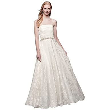 43b6c7df92c5 David's Bridal Floral Printed Organza A-line Wedding Dress Style NTWG3907  at Amazon Women's Clothing store: