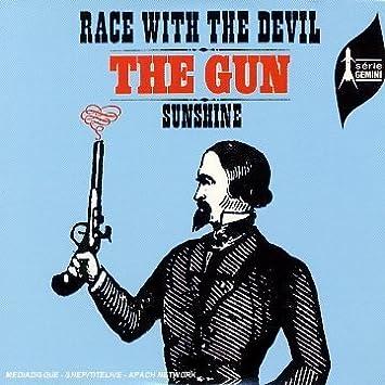 Race With the Devil + 3: Gun , Gun : Amazon.fr: Musique