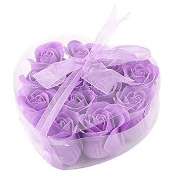 Amazon.com: Rose sospechó el jabón de baño de pétalos de rosa 12 PC ...