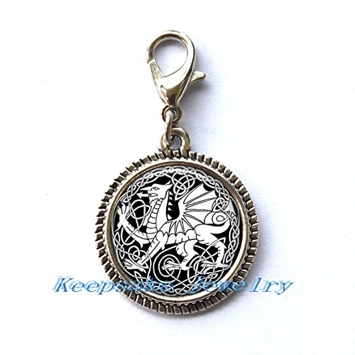 Necklace Key Chain Zipper Pull - Celtic Dragon Zipper Pull,Perfect for Necklaces, Bracelets , keychain and earrings Charm planner charm Celtic Dragon handmade Jewelry