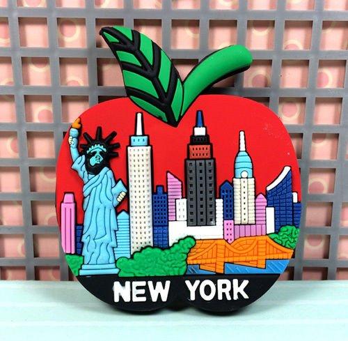 - TOURIST SOUVENIR Rubber FRIDGE MAGNET ----- New York , United States