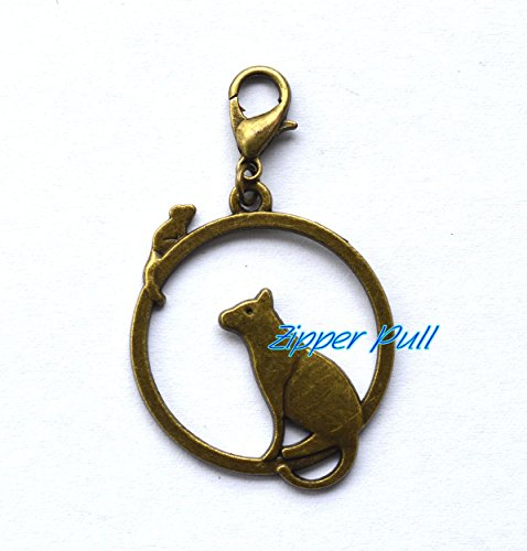 (Cat Keyring Clasp, Cat and Mouse Zipper Pull, Cute Cat Zipper Charm, Feline Keychain Clasp, Cat Charm Zipper Hook Clip,Zipper Pull, Perfect for Necklaces, Bracelets , keychain and earrings)