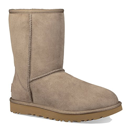 (UGG Women's Classic Short ll Boot Twinface Sheepskin Suede, Brindle, 8)