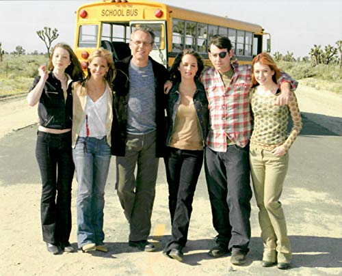 Buffy the Vampire Slayer cast ahead of bus final episode 8 x 10 Inch Photo LTD 10