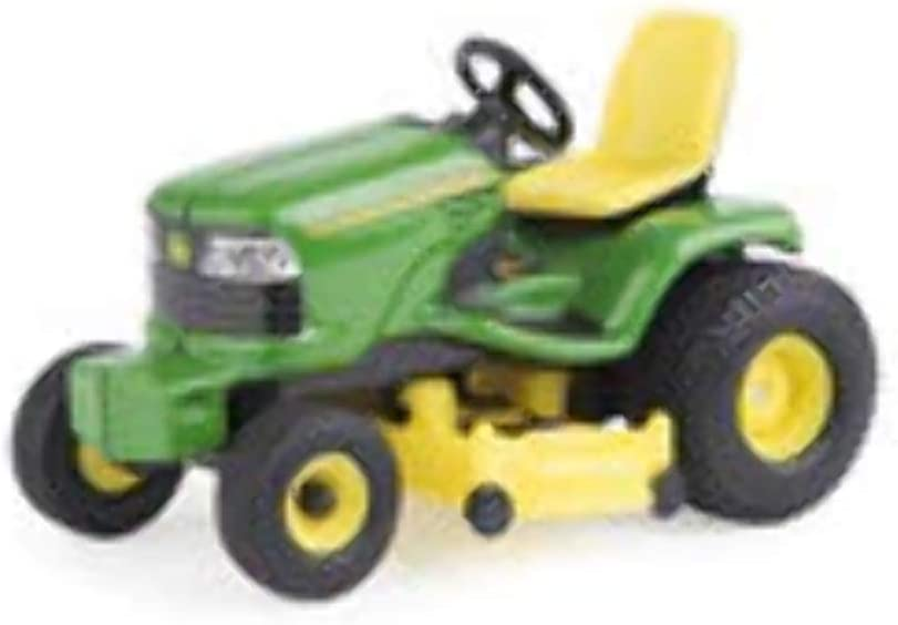 Amazon Com John Deere Lawn Tractor 1 32 Scale Green Yellow Toys Games