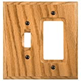 Amerelle 4025TR Traditional Wood Toggle Rocker/GFCI Wallpalte, Light Oak