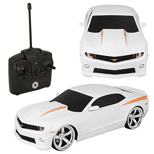 Braha Chevrolet Camaro 1:24 R/C Car White
