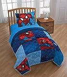 Jay Franco Marvel Spiderman Burst Twin/Full Quilt & Sham Set - Super Soft Kids Bedding - Fade Resistant Polyester