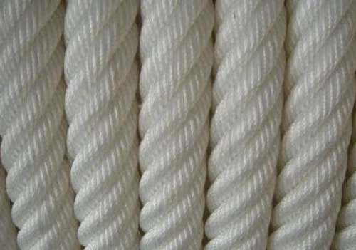 fantasycart 1/2'' x300' Twisted 3 Strand Nylon Rope with Thimble