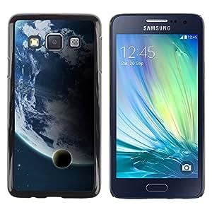 QCASE / Samsung Galaxy A3 SM-A300 / luna de la tierra vista distante espacio planeta azul / Delgado Negro Plástico caso cubierta Shell Armor Funda Case Cover