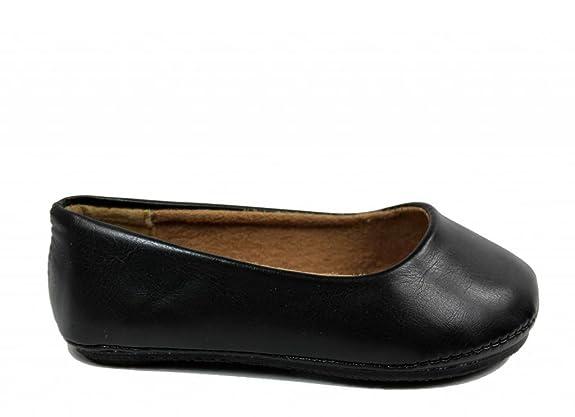 Kali Footwear Girl's Pala Jr. Round Toe Ballet Flat: Amazon.ca: Shoes &  Handbags